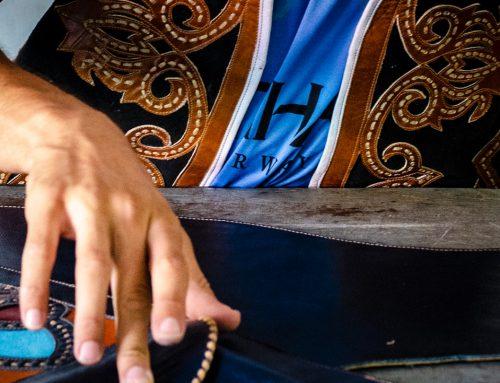 Curso gratuito abre inscrições para iniciantes na produção de artefatos em couro