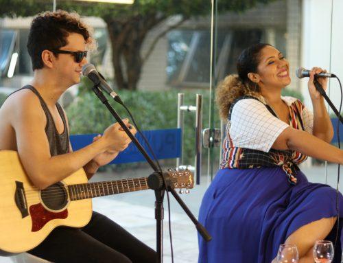 Acompanhe ao vivo a terceira edição do Happy Hour Vida&Arte com Lorena Nunes